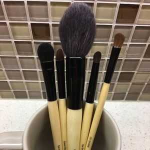 Pre-Owned BOBBI BROWN Full Size Brushes